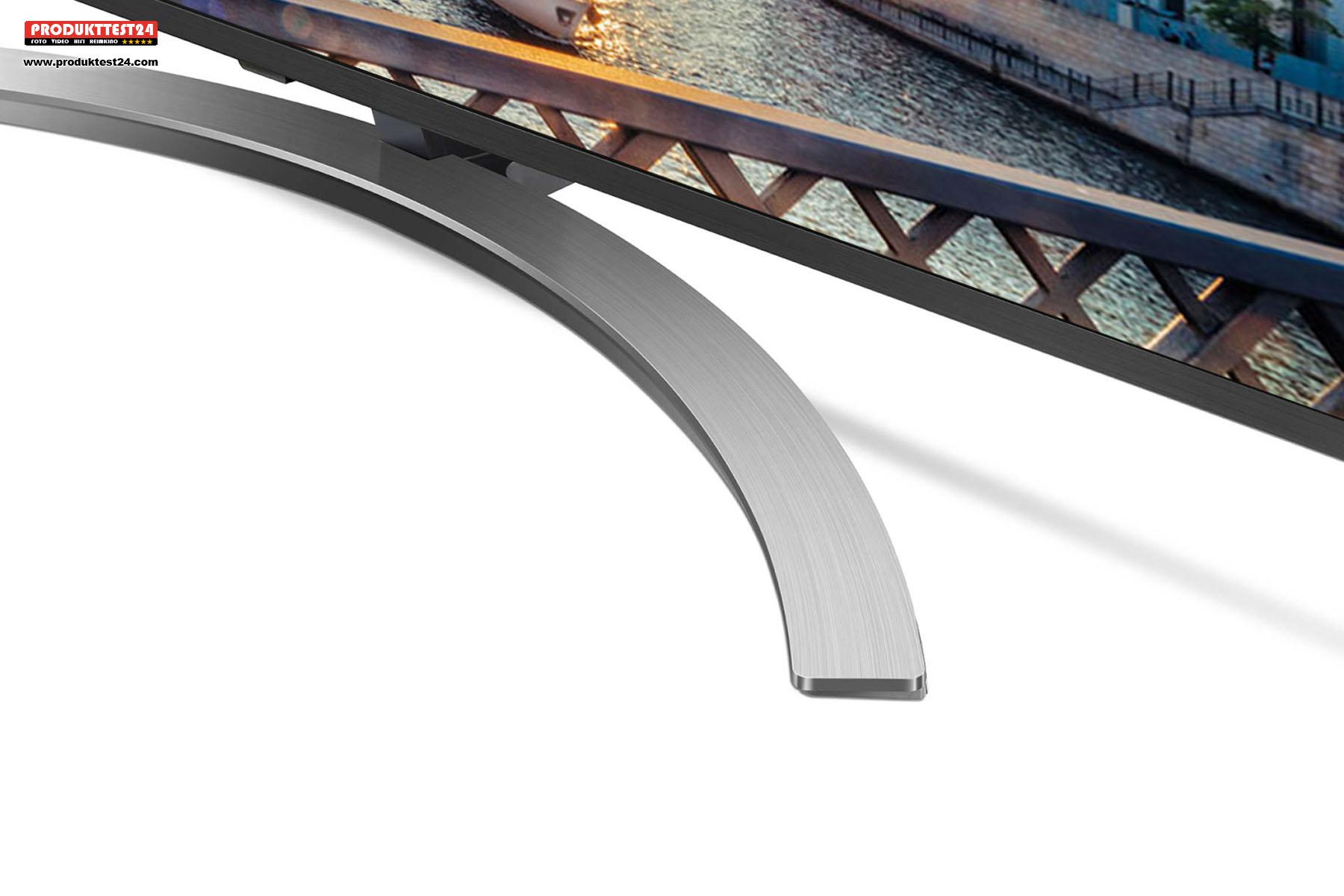 Gebogener Standfuß im gebürstetem Aluminiumlook